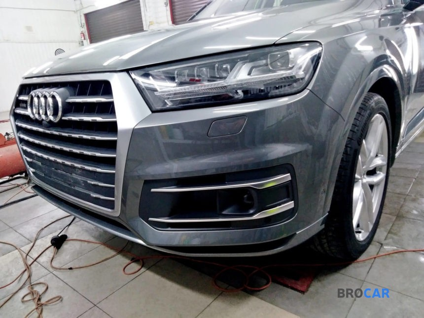 Audi - Q7,2015 3