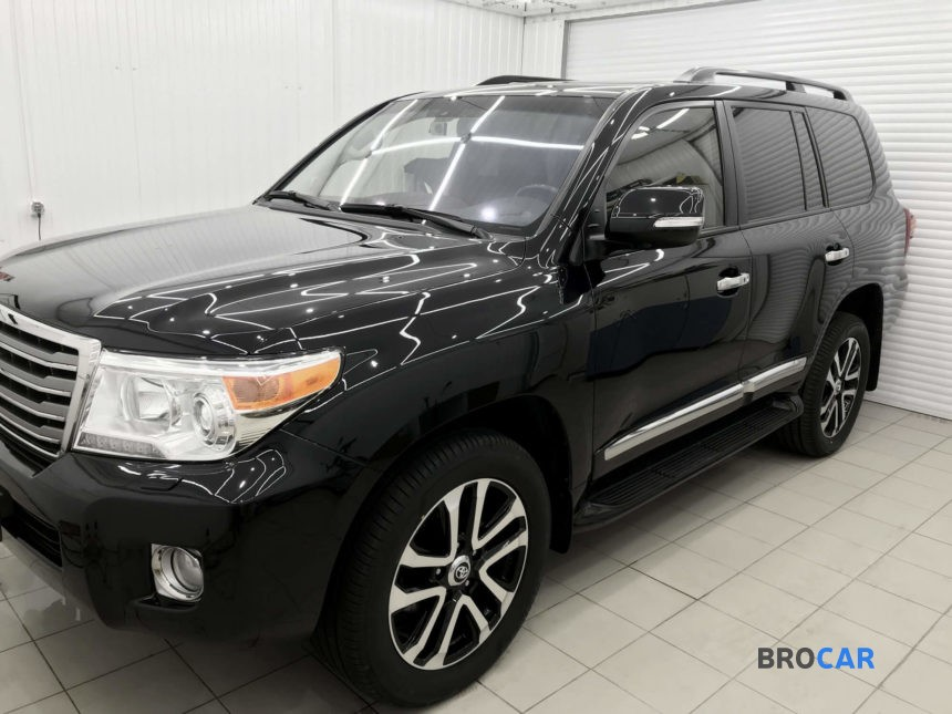Toyota - Land Cruiser 200, 2012 1